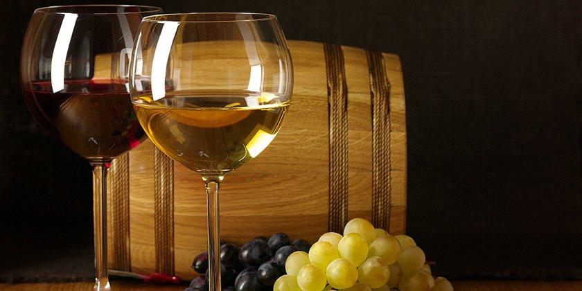Conservare le bottiglie di vino in casa